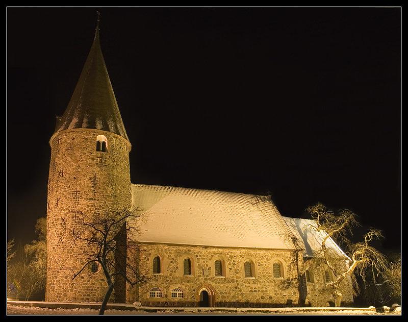 Feldsteinkirche-Ratekau2.jpg